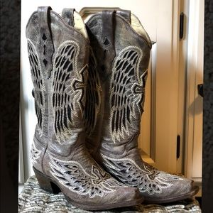 Corral Wing & Cross Boots